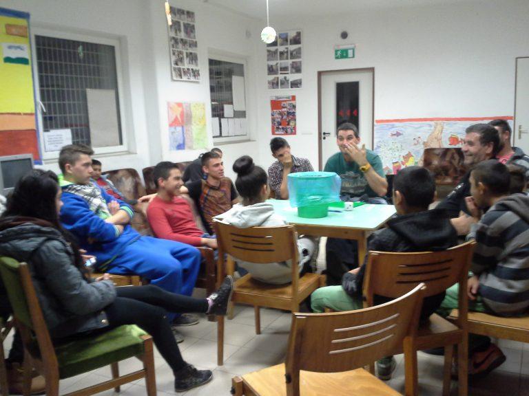2012. Családokért – Érted! Szülői készségfejlesztő program
